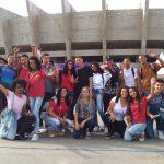 Jovens participam de evento crie o impossível